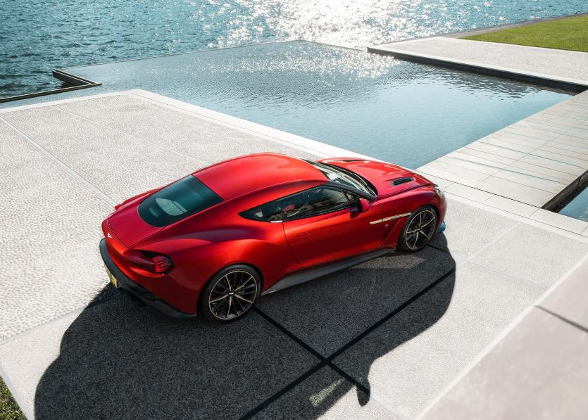 Aston Martin Vanquish Zagato Coupé (4)