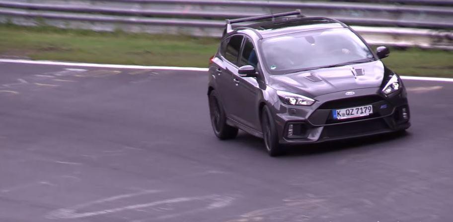 ¡Bestia a la vista!: Ford Focus RS500 en Nürburgring, ¿el Focus más hardcore de todos los tiempos?