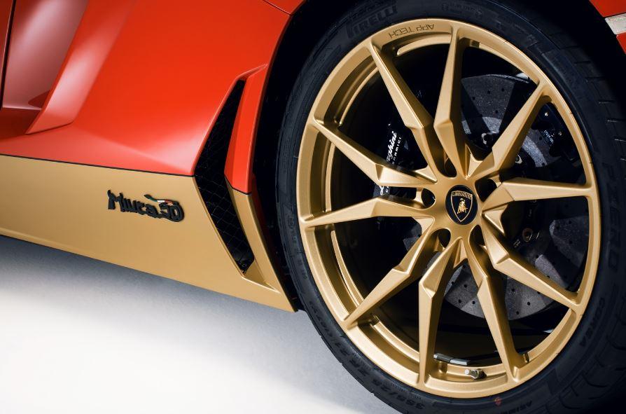 Realmente es un homenaje al Lamborghini Miura pero parece uno a Iron Man…