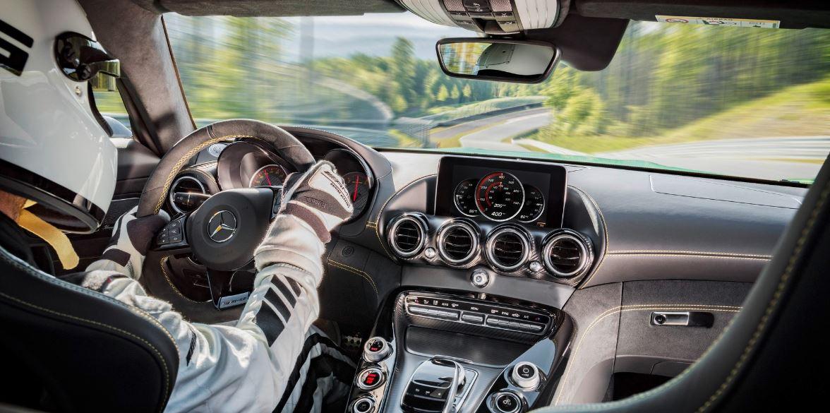 Mercedes AMG GTR 27