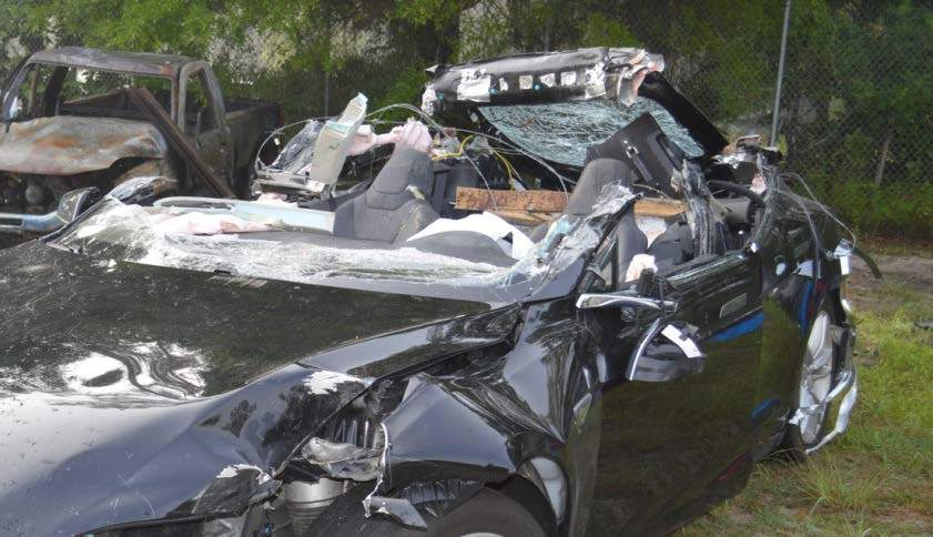 Accidente Tesla Model S (3)