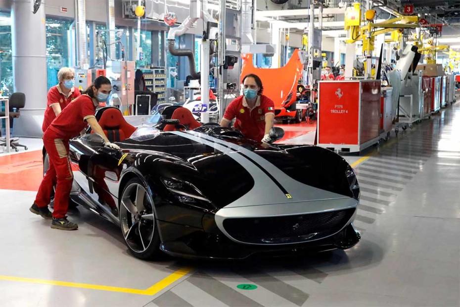 Así es el programa de 'one-off' de Ferrari: Por desgracia el dinero no siempre da la felicidad