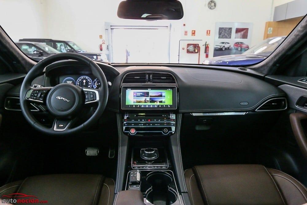 Jaguar F-Pace (14)
