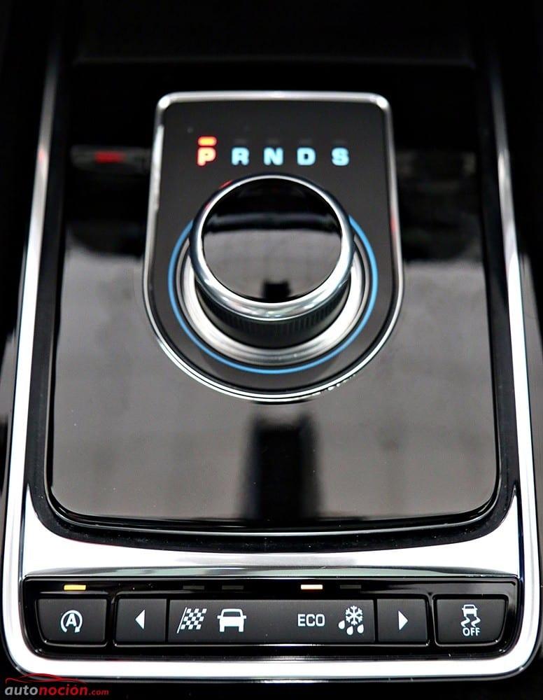 Jaguar F-Pace (22)