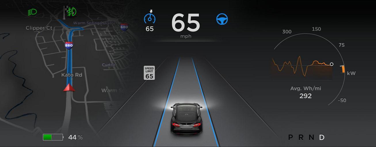 El fatídico Autopilot mejora con el software 8.0 de Tesla: ¿Se acabaron los accidentes?