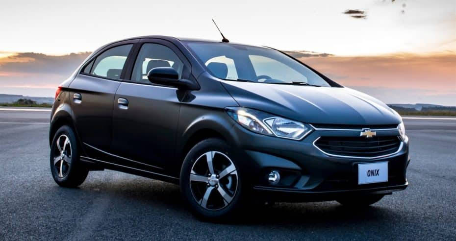 """El Chevrolet Onix se pone """"guapo"""": Cambios importantes para el low-cost"""