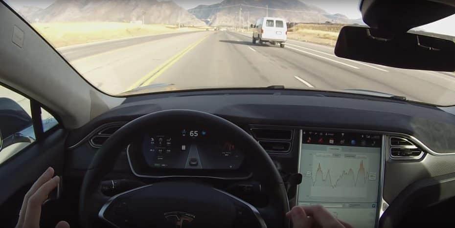Tesla incrementa el precio del Autopilot para «reflejar mejor su valor» ¿Locura o genialidad?