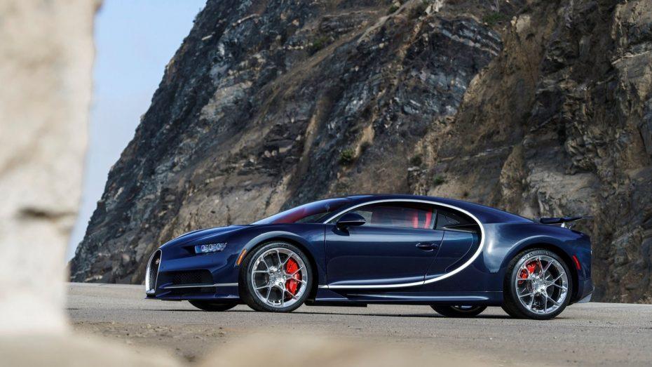 Ya se han vendido 200 Bugatti Chiron a 2,4 millones de euros la unidad ¡Y ojo a estas nuevas imágenes en su debut en EE.UU.!