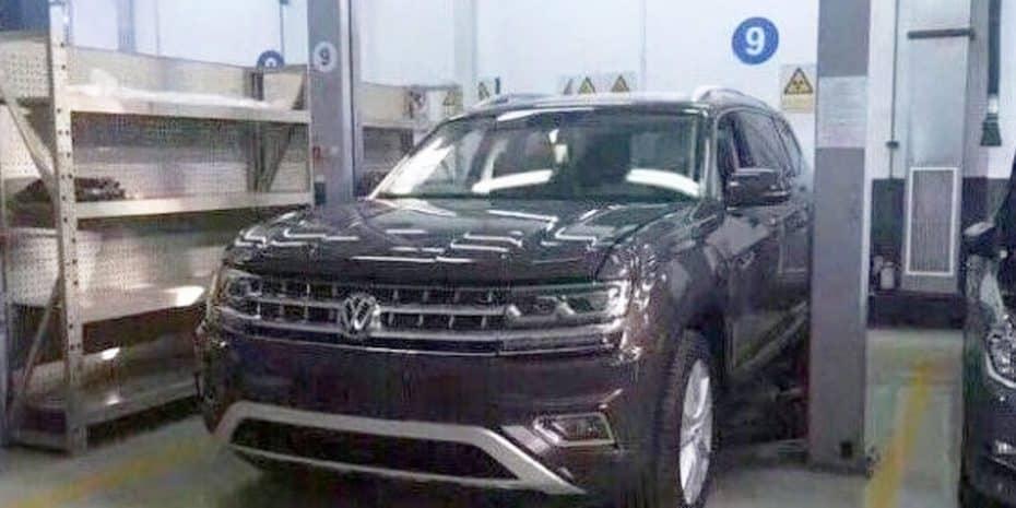 Cazado sin camuflaje el nuevo Volkswagen Teramont: Un SUV de siete plazas