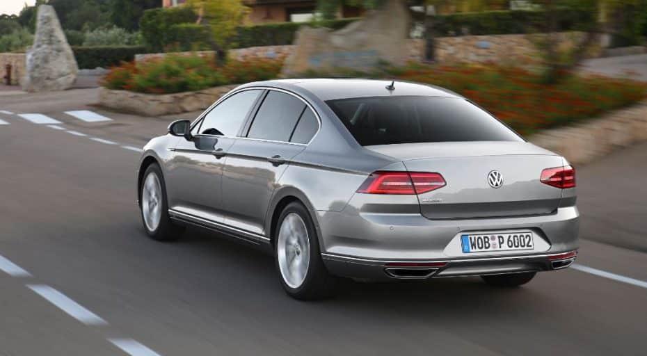 El Volkswagen Passat en apuros: Se anuncia un parón en la producción porque no hay asientos…