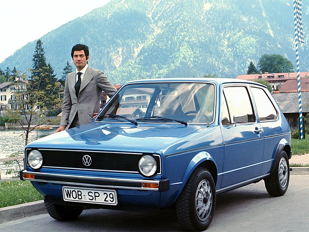 volkswagen_golf_3-door_6