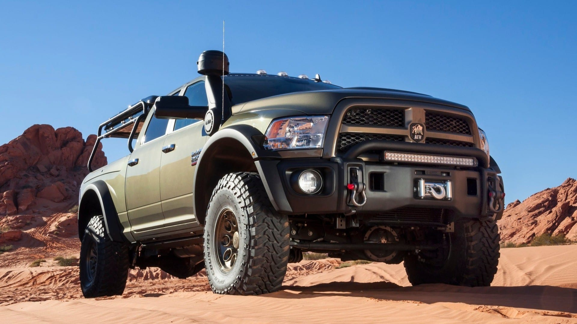AEV RAM Prospector XL: ¡Ha llegado el vehículo perfecto para sobrevivir a un apocalipsis zombie!