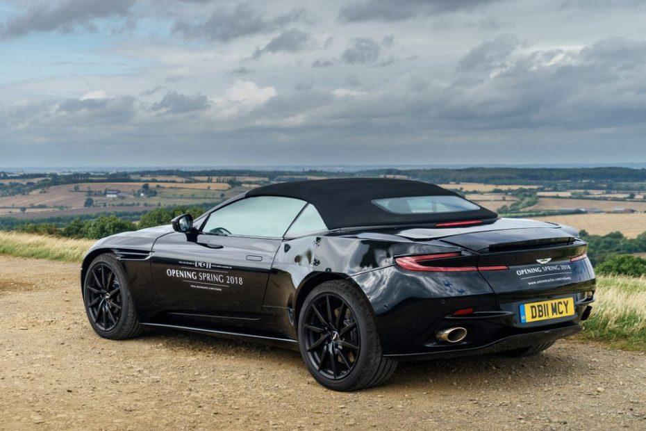 ¡Oficial! El seductor Aston Martin DB11 'Volante' llegará a producción y este será su aspecto