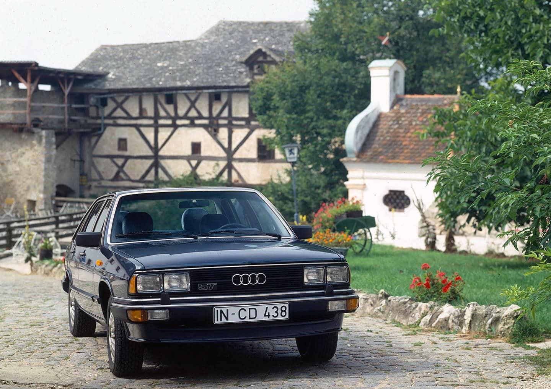 Audi 100 (1)