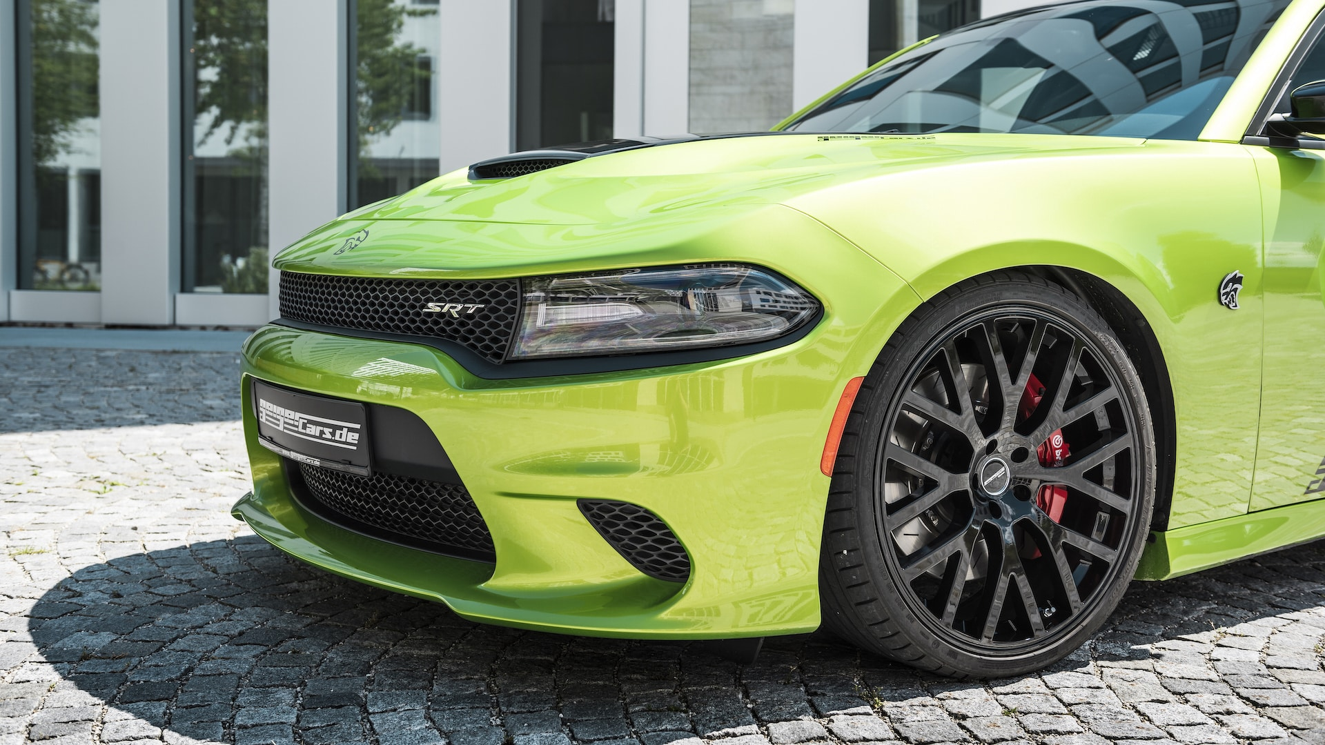 dodge-charger-srt-hellcat-2