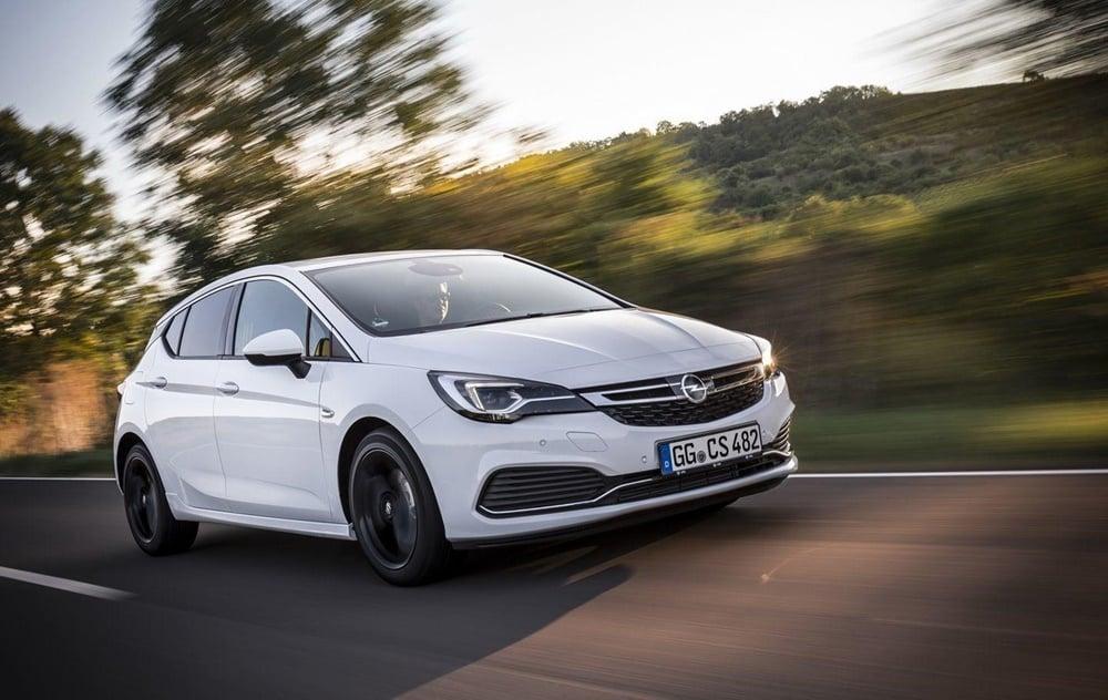 Opel lanza el OPC Line Sport Pack: Un extra de deportividad antes de la llegada del Astra OPC