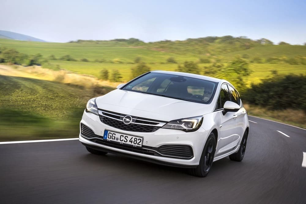 Opel Astra OPC Line Sport Pack (3)