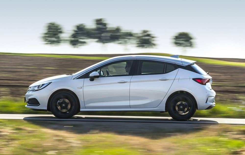 Opel Astra OPC Line Sport Pack (4)