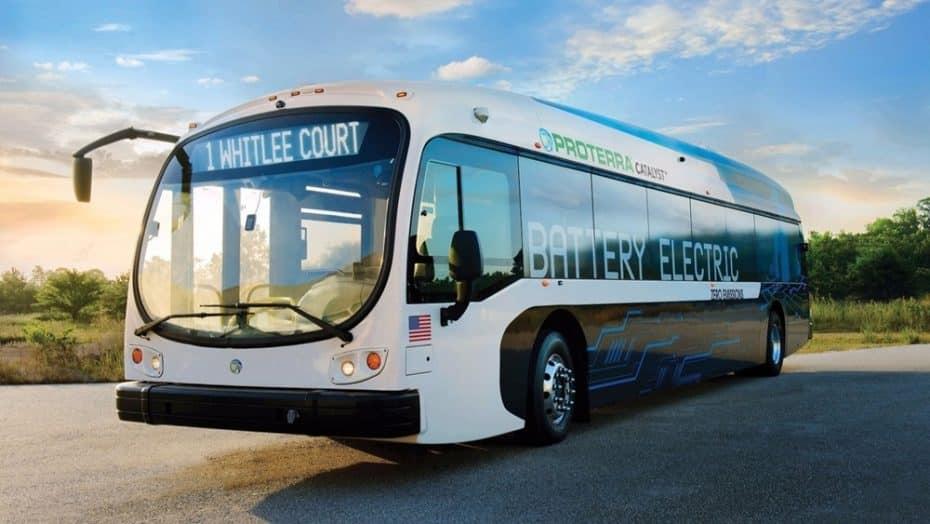 El Tesla de los autobuses públicos tiene 563 km de autonomía y ojo, llegará a las urbes en 2017