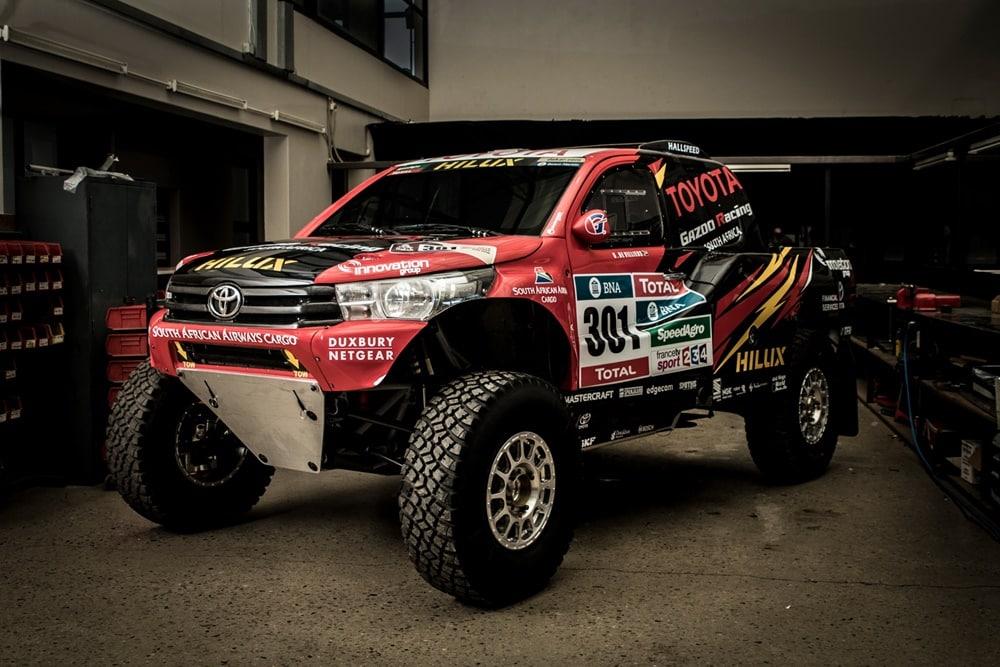 Nasser Al Attiyah conducirá la nueva joya de Toyota en el Dakar 2017: El Hilux EVO