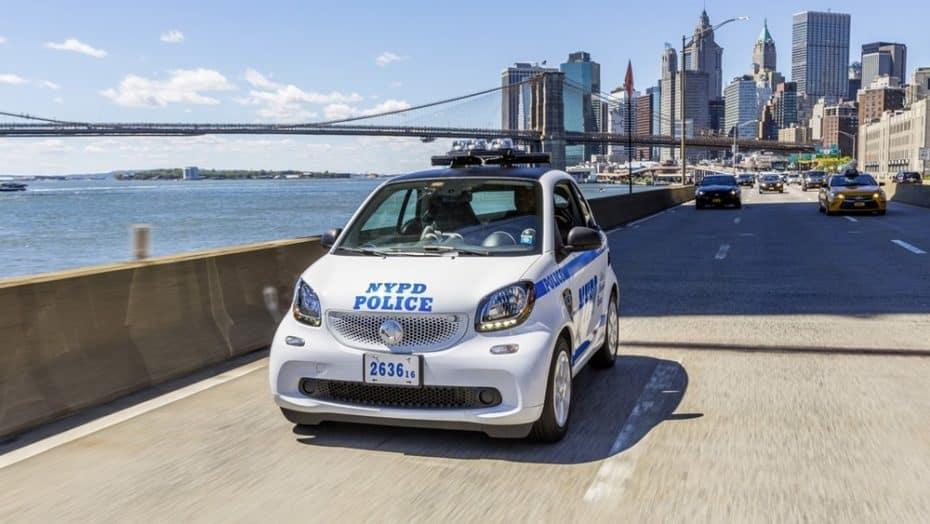De los poderosos bloques V8 al urbano smart fortwo ¿Qué pasa en la flota de la policía de Nueva York?