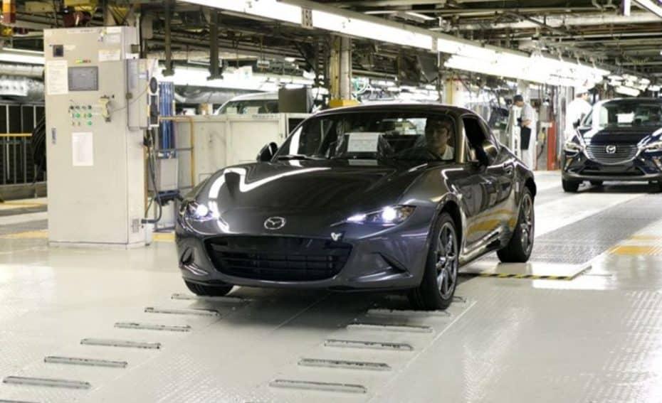 Los primeros Mazda MX-5 RF salen de Ujina: ¿Triunfará el nuevo concepto?