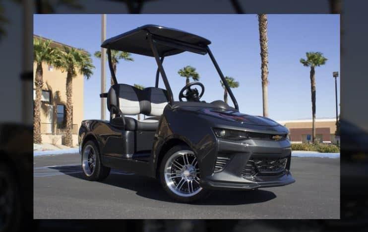 ¿Quieres ser el más molón del campo de golf? Este caddy convertido en un Camaro SS no te defraudará