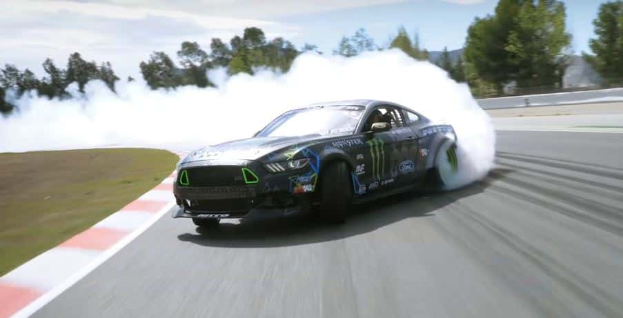 v u00eddeo  se te caer u00e1 la baba al ver este ford mustang rtr