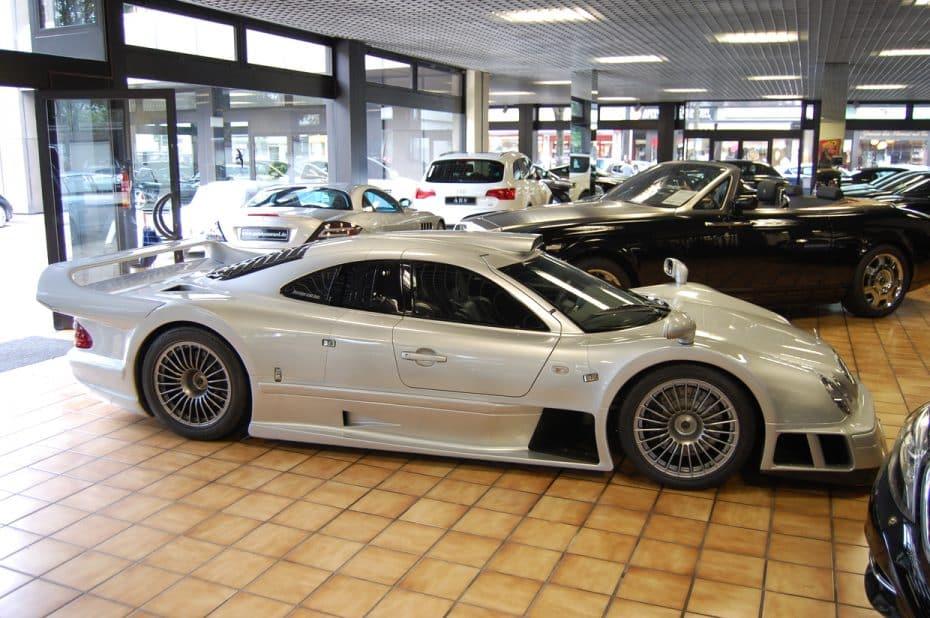 ¿Recuerdas este Mercedes-Benz CLK GTR que se vendía por 2,45 M de euros? ¡Aún sigue en venta!
