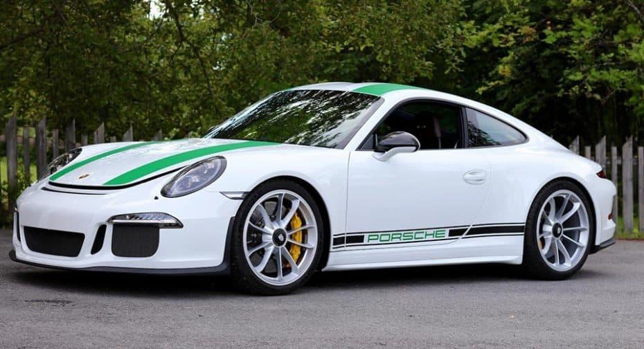 ¿Es el Porsche 911 R tan exclusivo como para pagar por él 1 millón de dólares? Pues hay quien lo hace