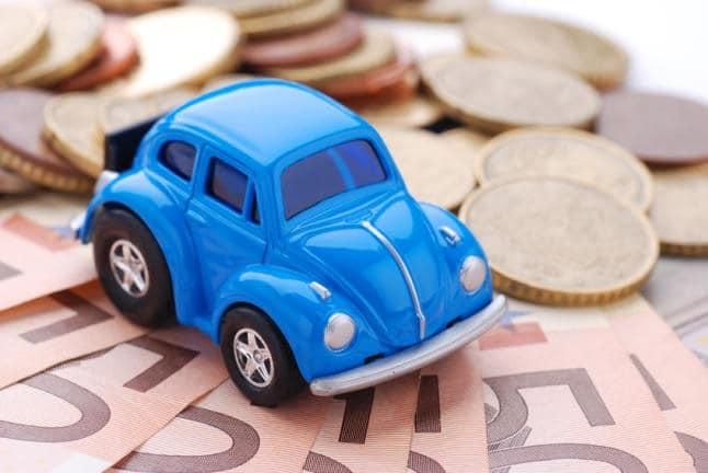 ¿Cómo se calcula el precio de los seguros de coche?