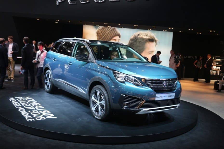 El Peugeot 5008 se disfraza de SUV para lograr el éxito