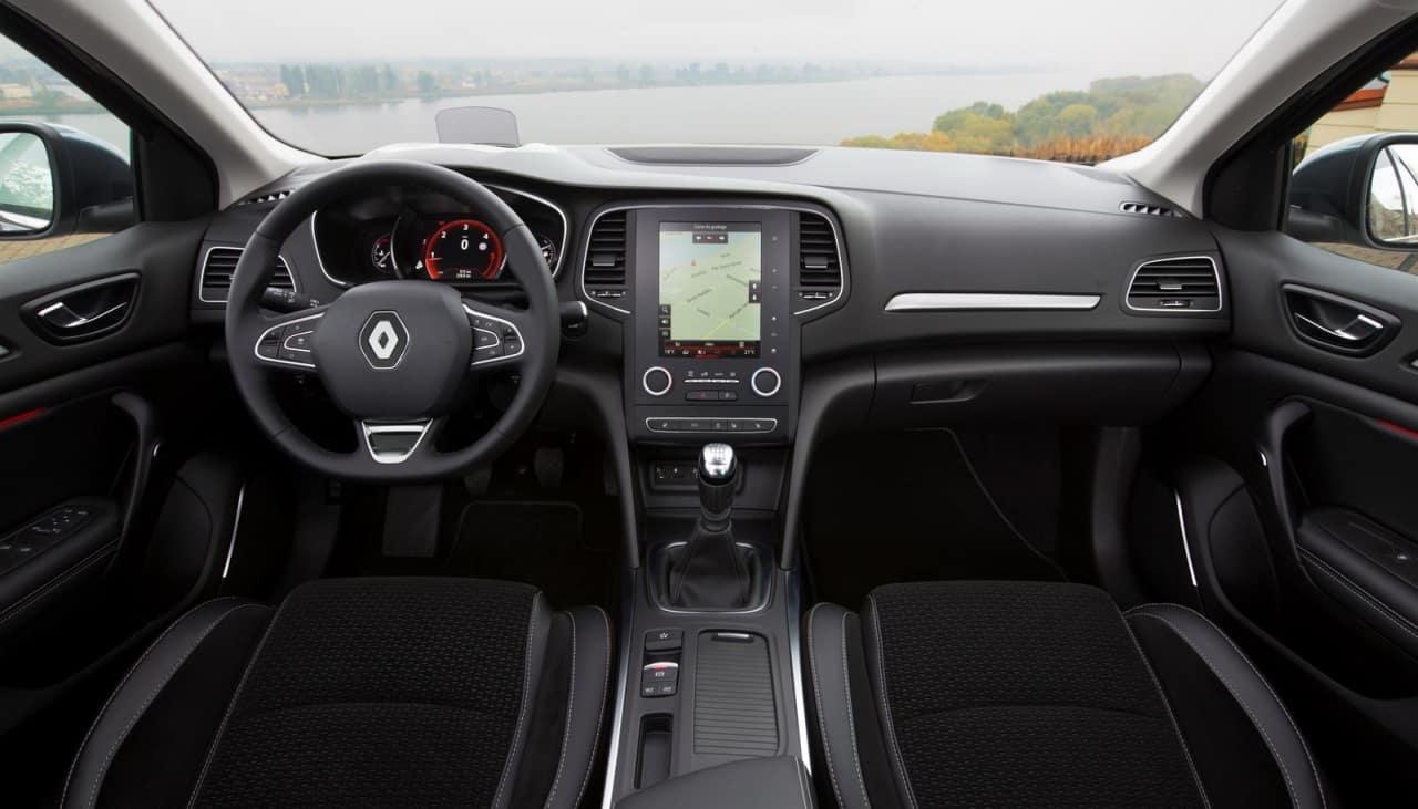 renault-megane-sedan4