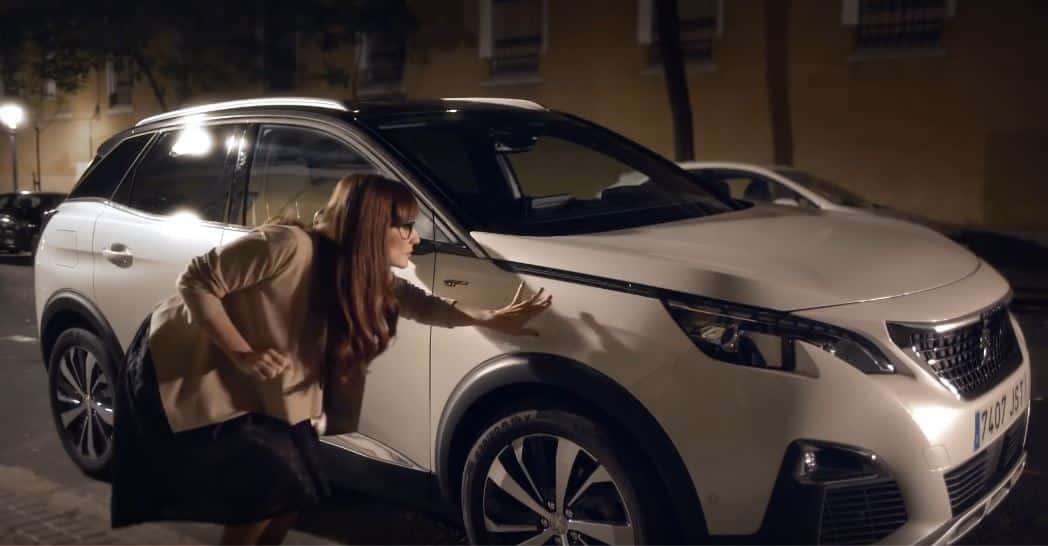 ¿Realmente es necesario meterse con ambos sexos para anunciar un coche? Juzguen ustedes