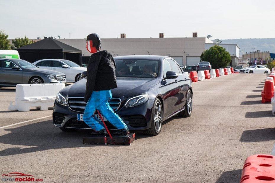 Probamos el Intelligent Drive de Mercedes-Benz: ¡El nuevo Clase E frena, aparca y conduce solo!