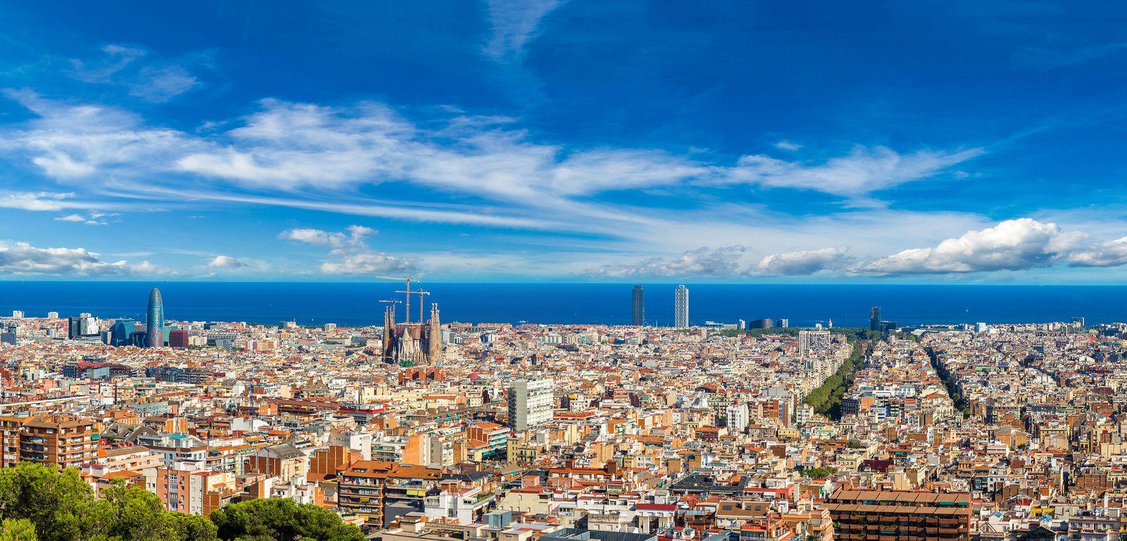 ¡Agárrate! Los coches más contaminantes tendrán prohibido circular por Barcelona en 2020