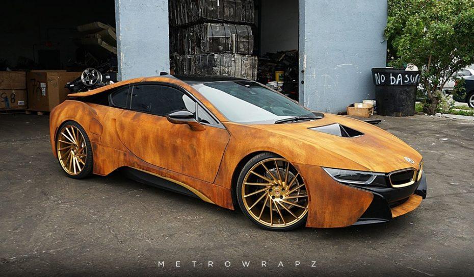 MetroWrapz vuelve a convertir el BMW i8 de Austin Mahone en un excéntrico y espectacular deportivo