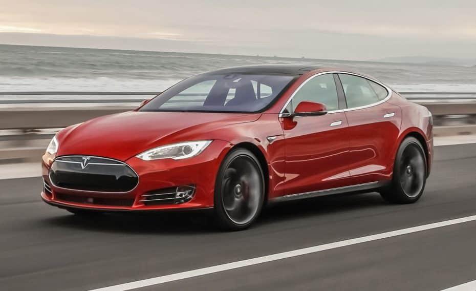 El Tesla Model S P100D ahora sí que es el más rápido del mundo: De 0 a 100 km/h en 2,4 segundos