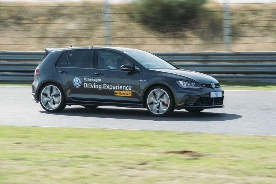 Probamos el Volkswagen Golf GTI Clubsport en circuito: La fiera bien domada del Race Tour 2016