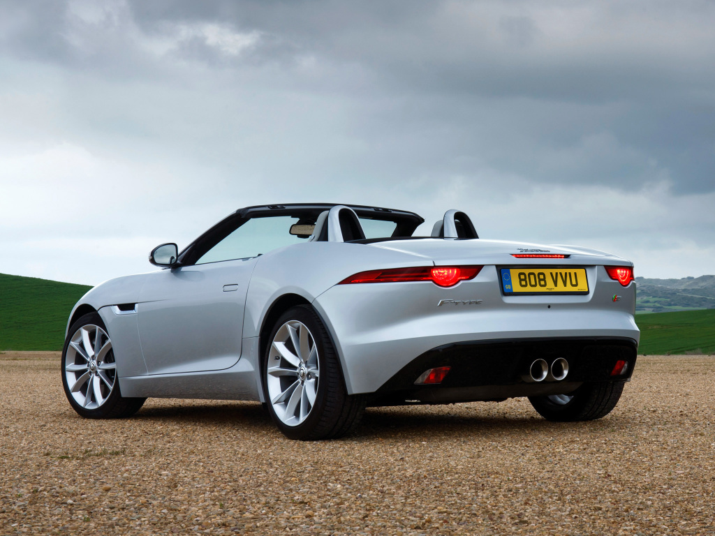 jaguar_f-type_s_uk-spec_11