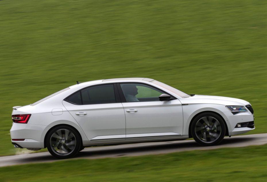Dossier, los 50 modelos más vendidos en Austria durante febrero: Dominio VAG