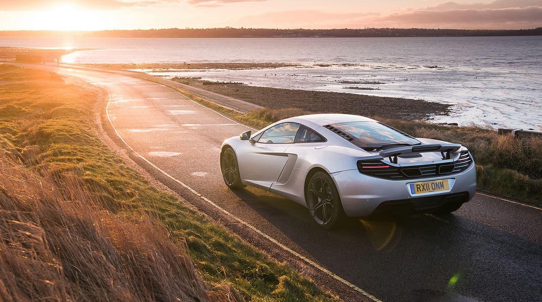 McLaren ofrece hasta 12 años de garantía sin límite de kilómetros y por lo que cuestan, parecen pocos