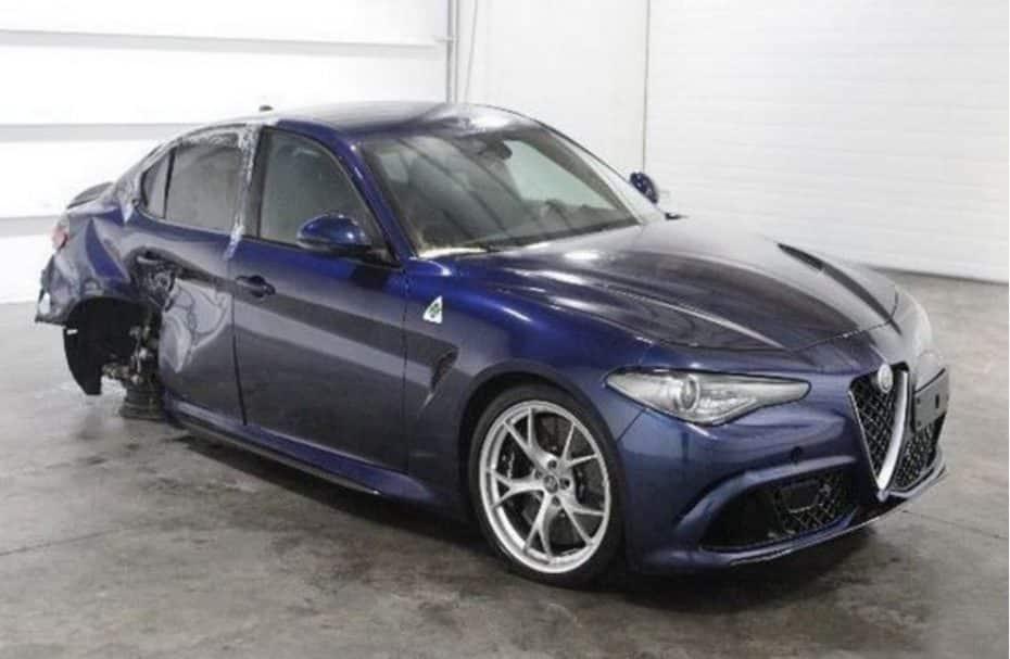 Dolor, mucho dolor: Tenemos otro Alfa Giulia Quadrifoglio accidentado ¡Y lo han dejado para llorar!