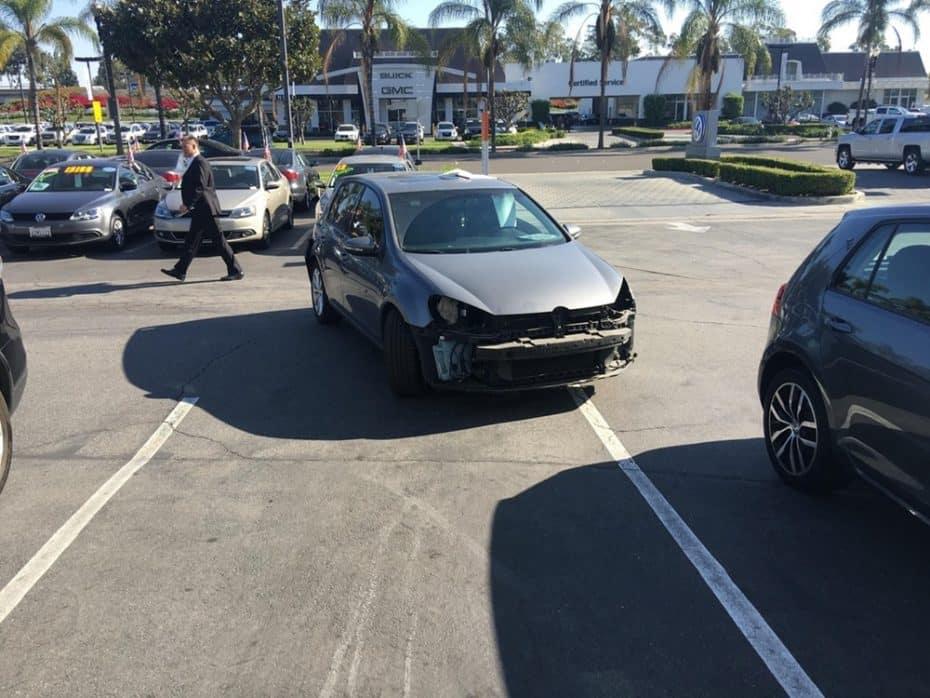 Llega la venganza contra Volkswagen y cientos de coches acaban destrozados
