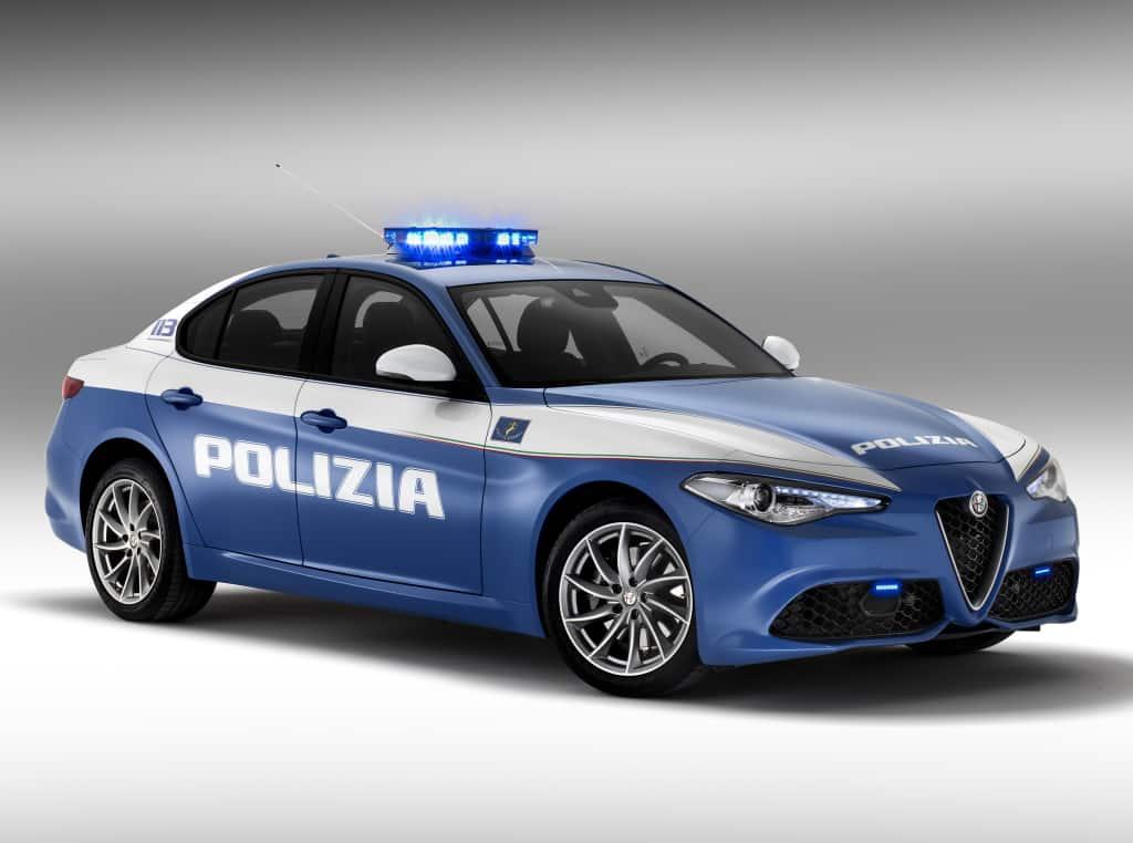 La Polizia italiana estrena flota: Saluda a los Alfa Giulia Veloce entre otros
