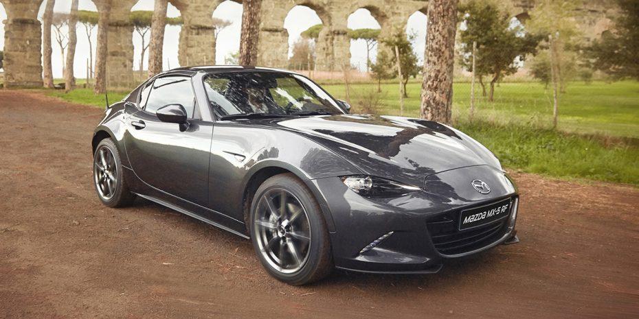 El Mazda MX-5 RF, ahora en cifras: Aterriza con 45 kg extra