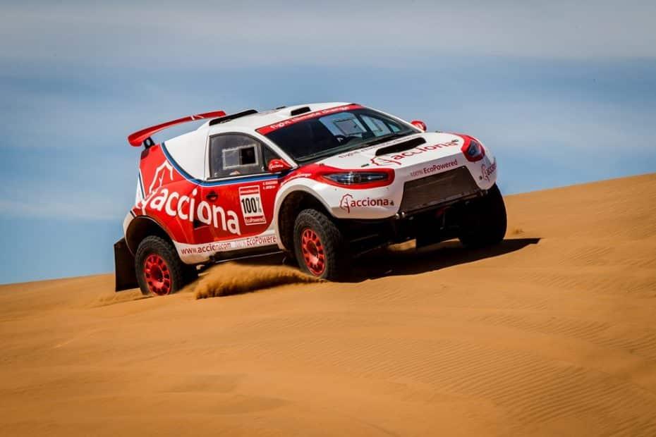 El Acciona 100% EcoPowered lucha un año más en el Dakar con su eléctrico ¡Y no les va nada mal!