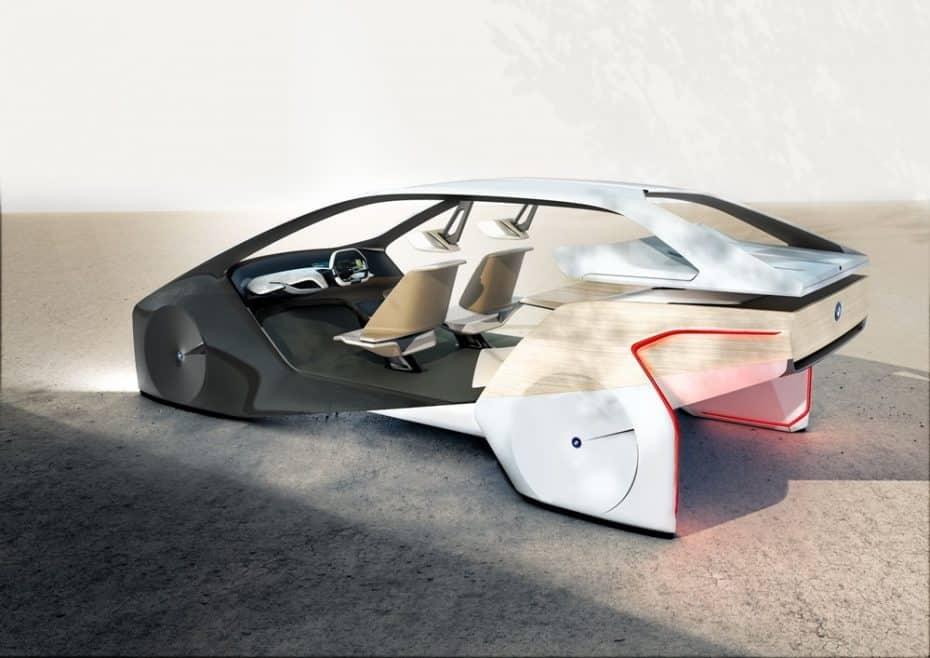 Saluda al futuro: Pantallas con hologramas y realidad aumentada en el móvil para comprar un BMW i