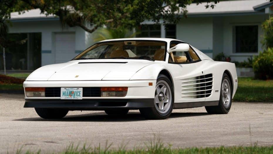 Solo para rebeldes: Ahora puedes viajar en el tiempo y conducir el Ferrari Testarossa de Miami Vice