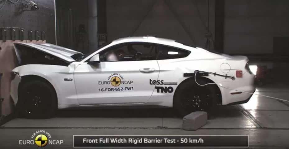 El Mustang ridiculiza a Ford en las pruebas de choque: ¡¿Sólo 2 estrellas?!